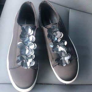 Super cute Aydenn Rosette Slip-on Sneaker Gray